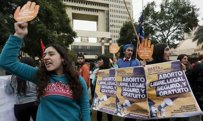 Manifestação no Chile pela legalização do aborto, em 2015