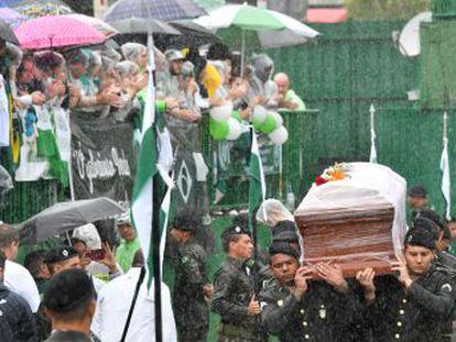 Acompanhe a cobertura completa do acidente com o avião da Chapecoense e a situação na Colômbia e em Chapecó