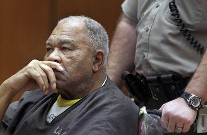 Samuel Little durante julgamento em Los Angeles em 2013.
