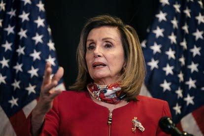 A deputada democrata Nancy Pelosi, presidenta da Câmara dos Representantes, fala com a imprensa nesta terça-feira, 3 de novembro.