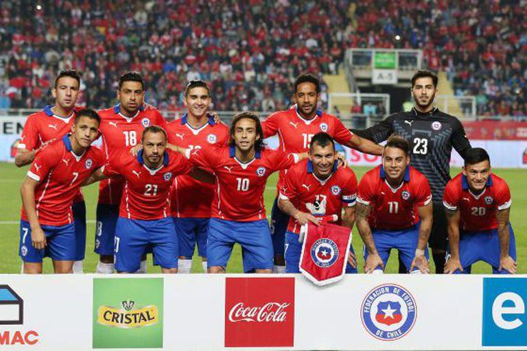 Seleção chilena em seu último amistoso contra El Salvador.
