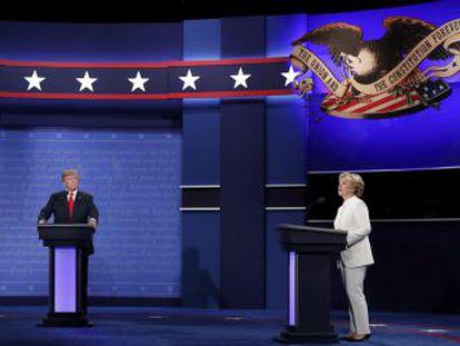 Hillary Clinton e o adversário republicano se enfrentam com virulentos ataques pessoais no último duelo antes da votação que definirá o sucessor de Obama