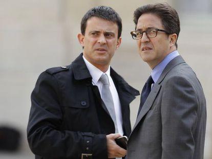Manuel Valls e Aquilino Morelle, em uma foto de 2012.