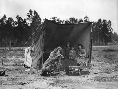 Migrant Mother, Nipomo, 1936.