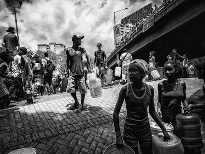 Caracas às escuras