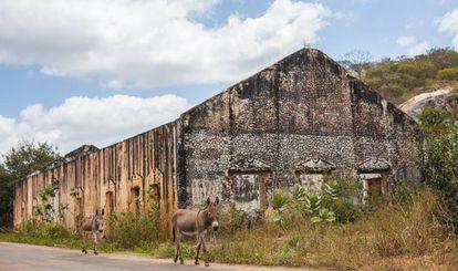 Ruínas da antiga estação ferroviária em Senador Pompeu.