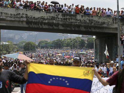 Manifestação contra Nicolás Maduro na segunda-feira em Caracas.