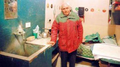Robledo Puch em sua cela na penitenciária de Sierra Chica, onde viveu até 1977. Arquivo