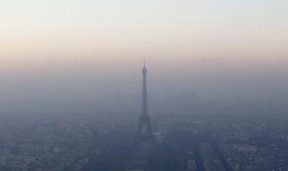 Poluição em Paris, na semana passada.