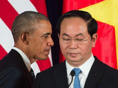 Obama durante uma entrevista coletiva com o presidente do Vietnã Tran Dai Quang.