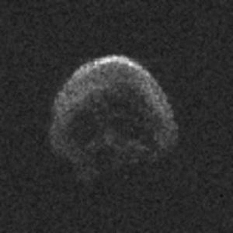 Imagem do asteroide 2015 TB145, captada pela NASA.