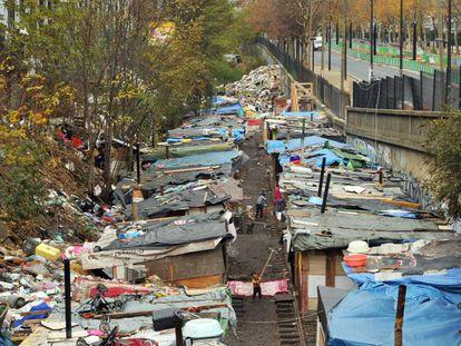 A favela de Ney, nos arredores de Paris