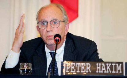 Peter Hakim, presidente emérito da Inter-American Dialogue.