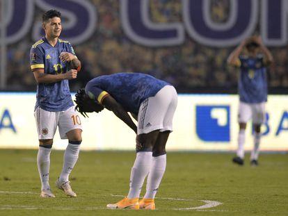 Jogadores da seleção colombiana no final da partida que perderam por 6 a 1 para o Equador, em Quito, em novembro passado.