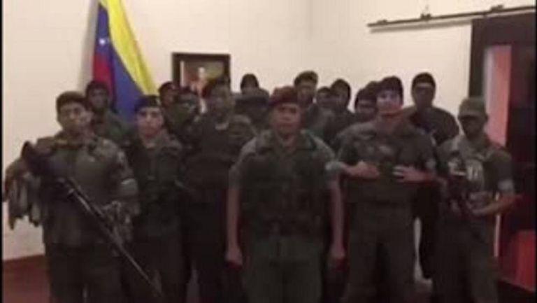 Vídeo publicado no Youtube, no qual militares afirmam ter se rebelado na manhã de domingo em Valência. As imagens foram eliminadas da plataforma de vídeo.