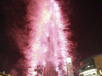 Fogos artificiais na celebração pela eleição de Dubai para sede da Expo 2020.
