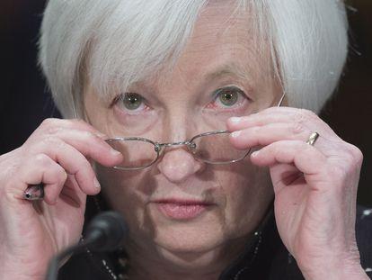 Janet Yellen fala ao Senado quando era presidenta do Federal Reserve, em fevereiro de 2016.
