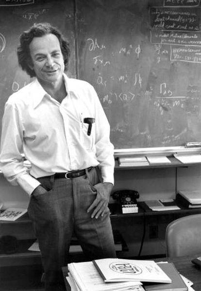 Feynman em seu escritório do Instituto de Tecnologia da Califórnia, em 1974