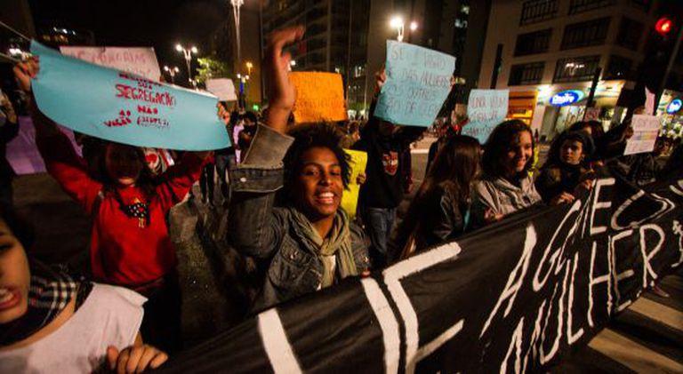 Protesto contra o 'vagão rosa' na Av. Paulista, dia 27 de julho.