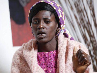 A nigeriana Rebeca Bitrus, que sofreu o cativeiro do Boko Haram durante dois anos, nesta segunda-feira em Madri.