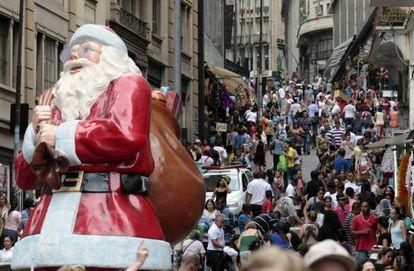 A rua 25 de Março, em São Paulo, em 4 de dezembro.