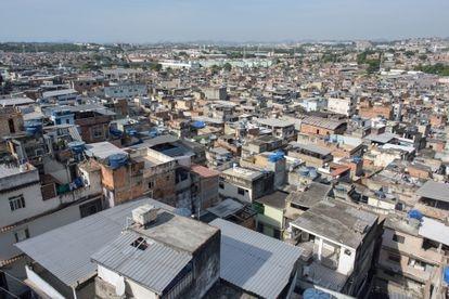 Vista da favela do Jacarezinho a partir da Paróquia Nossa Senhora Auxiliadora.