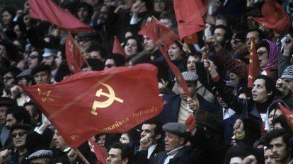 Manifestação do Partido Comunista Português em Lisboa no dia 1º de março de 1975