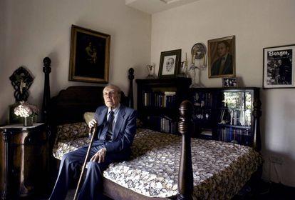 Jorge Luis Borges, em sua casa de Buenos Aires, em 1983.