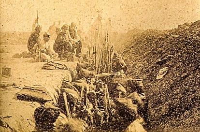 Tropas aliadas entrincheiradas na Batalha de Tuiuti, uma das mais sangrentas da Guerra do Paraguai (imagem: Bate y Cia./Livro Guerra do Paraguai)