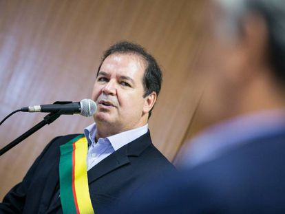O governador do Acre, Tião Viana, em evento em 2015.