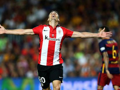 Aduriz celebra gol contra o Barcelona na Supercopa.