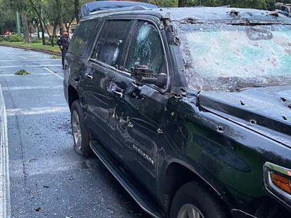 O veículo de García Harfuch após o atentado.