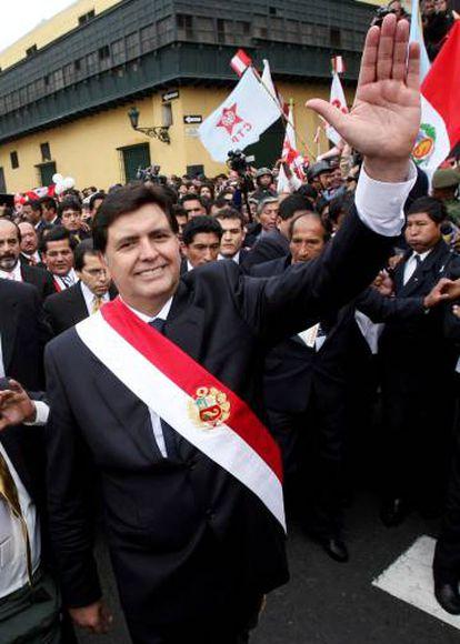 Alan García inicia seu segundo mandato em 2006.