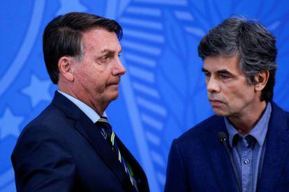 O presidente Jair Bolsonaro e o ex-ministro Nelson Teich.