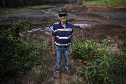 Um vizinho de Brumadinho cuja casa não foi devorada pela avalanche de rejeitos que inundou sua horta e matou seus vizinhos.