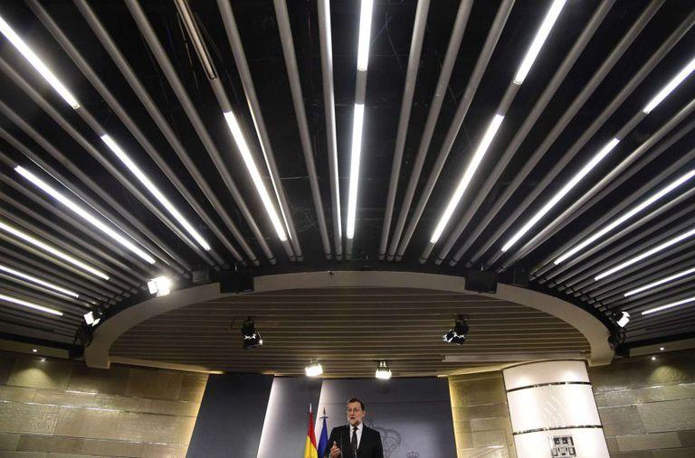 Mariano Rajoy durante entrevista coletiva no Palácio de Moncloa depois da audiência com o Rei.