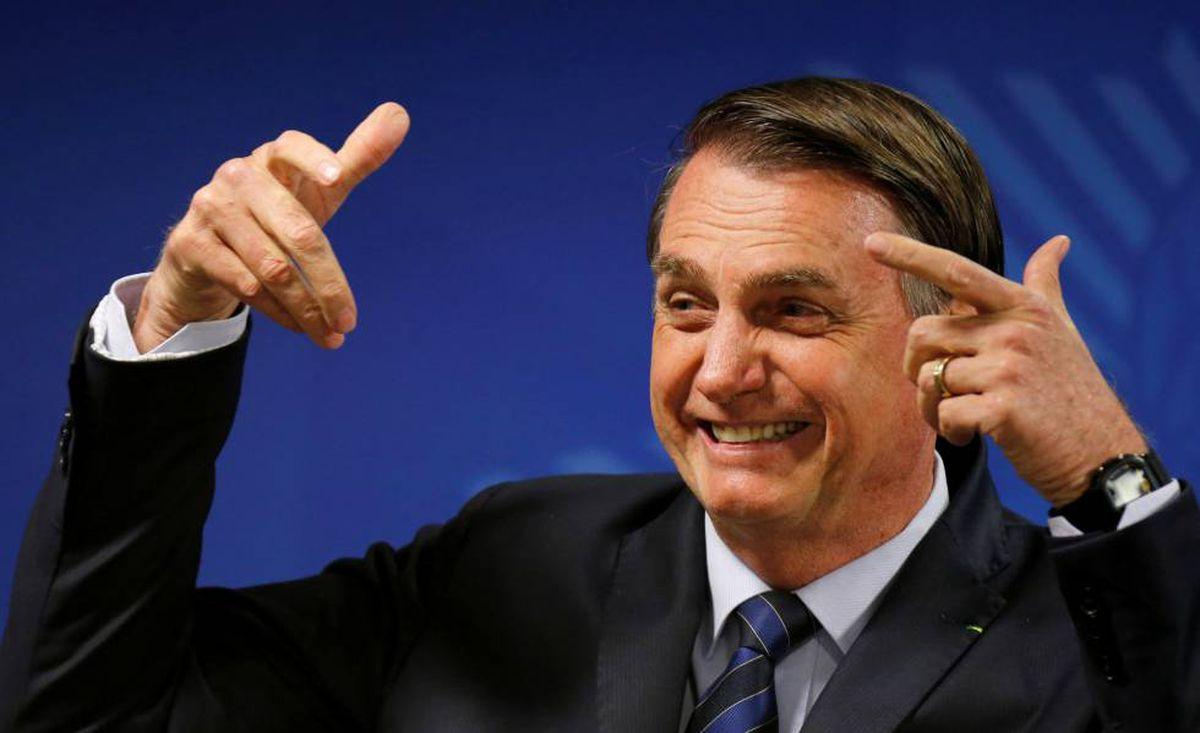 Não é só culpa de Bolsonaro que o mundo zombe do Brasil. É também de quem o mantém no poder
