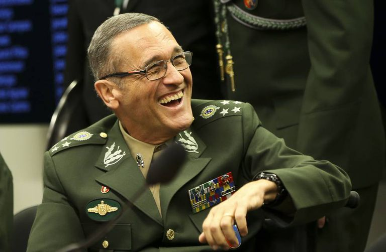 O comandante do Exército, general Eduardo Villas Boas.