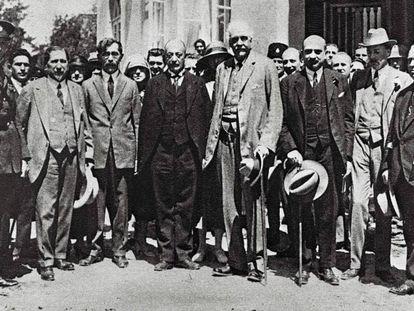 Arthur Balfour, autor de declaração: o quarto da direita para a esquerda
