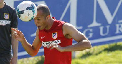 Zagueiro Miranda, durante treinamento do Atlético de Madri.