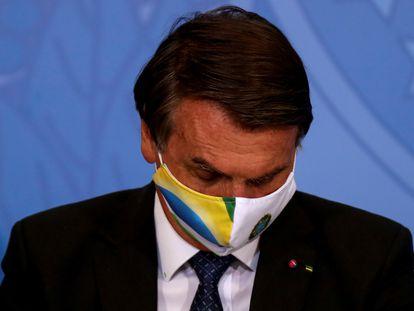 O presidente Jair Bolsonaro durante uma cerimônia de liberação de recursos para Saúde no combate à covid-19, nesta terça-feira, 11 de maio.