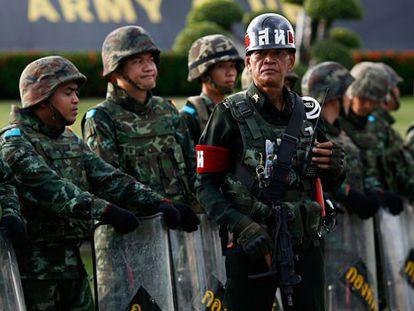 Soldados tailandeses em Bangkok / p. k. (AFP) / Reuters Live!