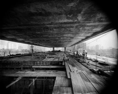 Museu de Arte de São Paulo Assis Chateaubriand em construção, projeto de Lina Bo Bardi, avenida Paulista, São Paulo, 1966.
