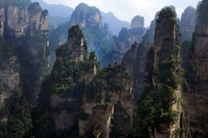 Paisagem de Zhangjiajie que inspirou as montanhas de 'Avatar'.