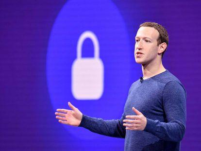 O fundador de Facebook, Mark Zuckerberg, durante evento em San José, na Califórnia, em maio