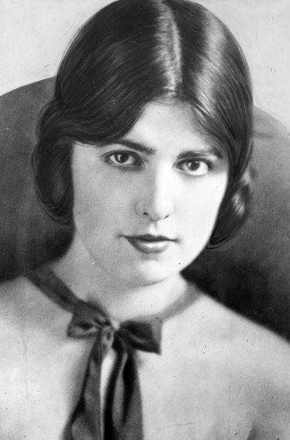 Retrato da modelo e atriz Virginia Rappe (1891-1921), cuja triste morte serviu para alimentar a imprensa sensacionalista e criar um clima de censura em Hollywood.