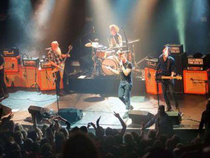 Imagem de uma apresentação do grupo musical.