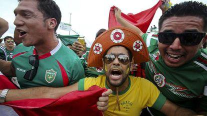 Torcedores do Brasil e do México, em Fortaleza.