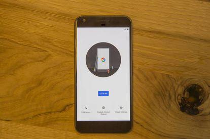 O Google Pixel, logo após ser ligado.