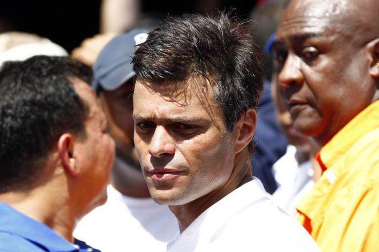 O oposicionista Leopoldo López, na manifestação de ontem em Caracas.